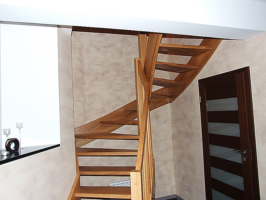 holztreppen aus polen g nstige treppen nach ma treppe 5. Black Bedroom Furniture Sets. Home Design Ideas